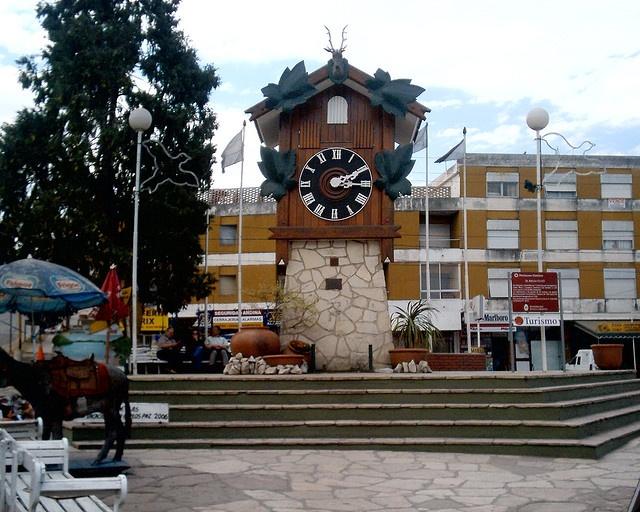 Cucu, coo coo clock, Villa Carlos Paz, Argentina