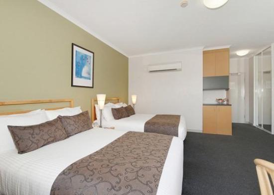 Quality Hotel Woden