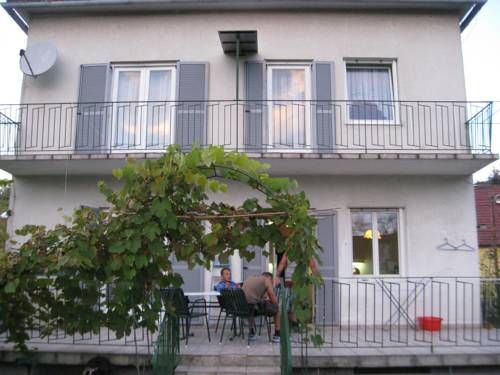 Cheap Hotels in Graz  Ferienhaus Dr.KamnikerStrasse Hotel