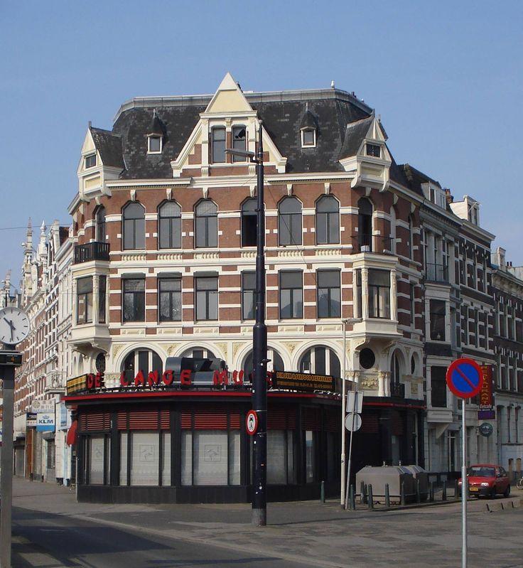 West-Kruiskade, hoek Diergaardesingel.