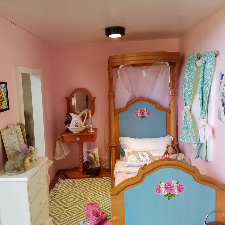 American Girl Doll Bedroom: 867 Best Doll Houses And Decorating Ideas Images On
