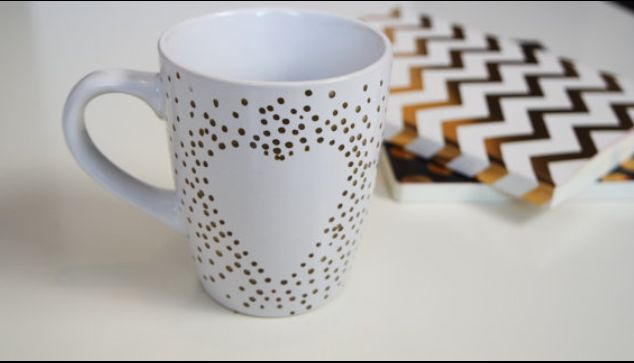 Heart design mug. Polka dot effect. Hand painted gold heart. Gift for loved one. Present for her