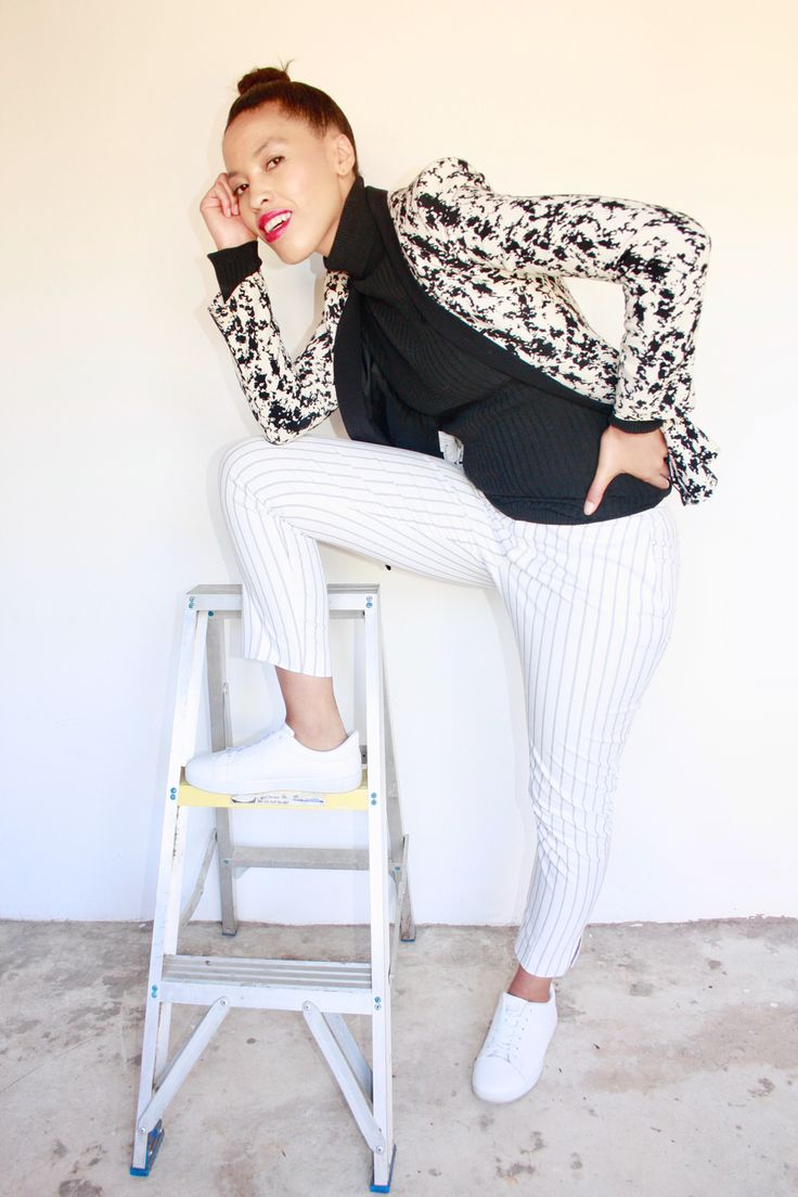 White sneakers, black and white outfit, Striped pants, winter outfit idea