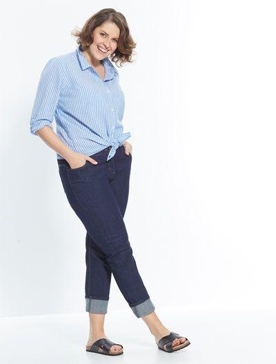 Eté comme hiver, on a toujours besoin d'un jean droit dans notre fashion dressing ! Spécial hanches larges, ce jean s'adapte parfaitement à notre morpho et se mixe à tous nos looks...
