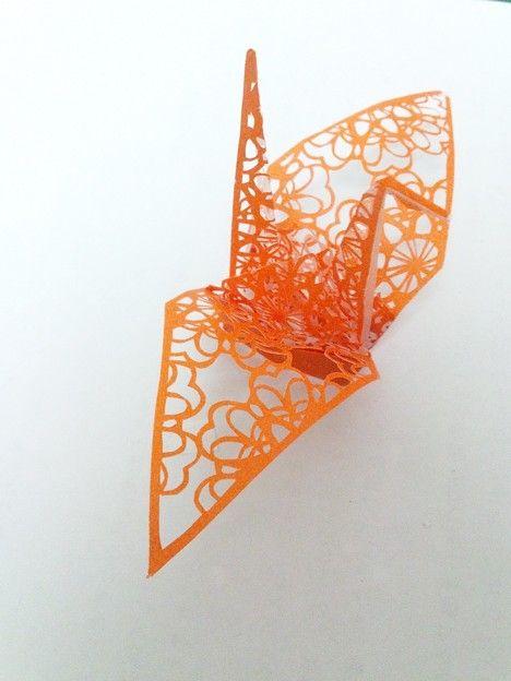 3D paper cutting art: Origami crane by Uni