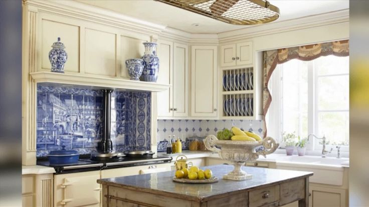 English Cottage Style For Your Inner Austen Lived In Look One Of The Many Appealing Elements Design. small kitchen design. thai kitchen. california pizza kitchen menu. ikea kitchen.