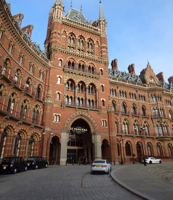 The History Press | The Victorian Society: Campaigning for Victorian and Edwardian architecture