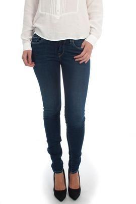 Pantalón Vaquero Pepe Jeans Soho Oscuro. Perfecto para un  día de fiesta. #moda #ropa #fashion #style #tendencias #mujer #pantalón #modamujer