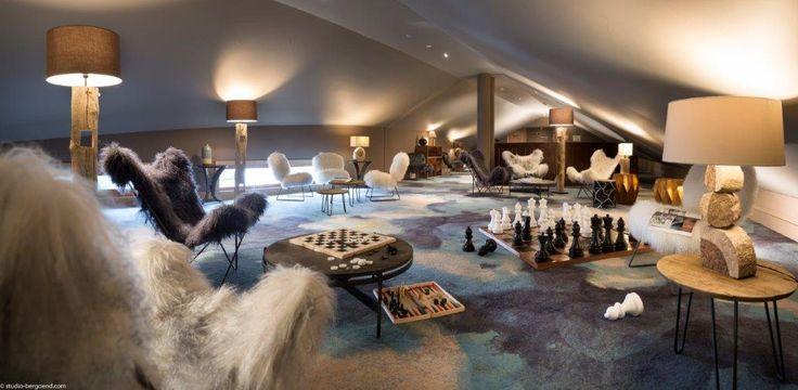 le salon de l'hôtel #game #jeux #echec #billard #taos #hotel #tignes #montagnettes
