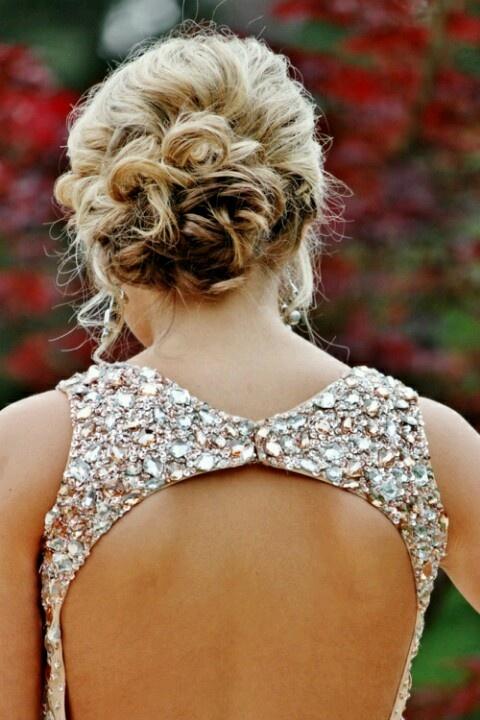 Backless rhinestone bridesmade dress