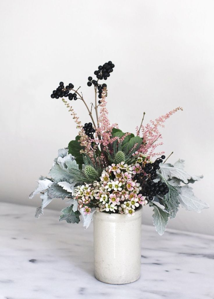 Easy winter flower arrangement