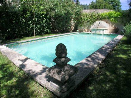 La piscine de la location de vacances Maison de village à Cadenet ,Vaucluse - photo 5234 Crédits Maison en Provence (TM) / Le propriétaire