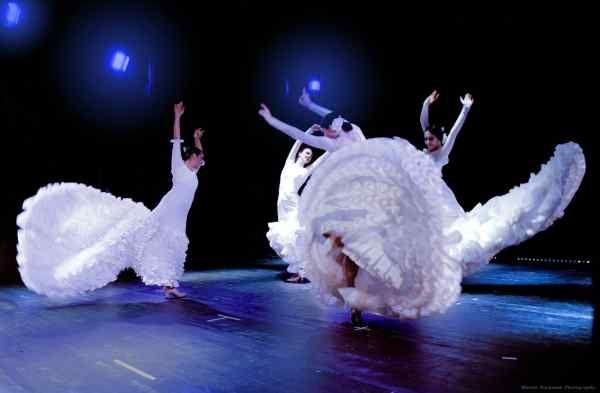 Taneční aktuality: Virginia Delgadová a Compañía Danza Flamenca: Mujeres