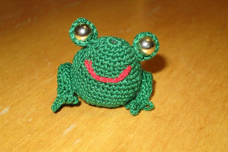 háčkovaná žába/ crocheted frog