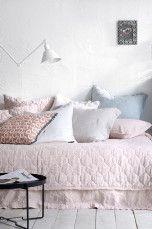 Ellos Home Elmira-päiväpeite pellavakambrikkia 180x260 cm Pellavabeige, Farkunsininen, Mintunvihreä, Roosa, Tummanharmaa, Indigonsininen, Mariini - Kapeaan sänkyyn | Ellos Mobile