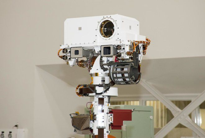With a Better Brain, Curiosity Mars Rover Picks Its Own Targets