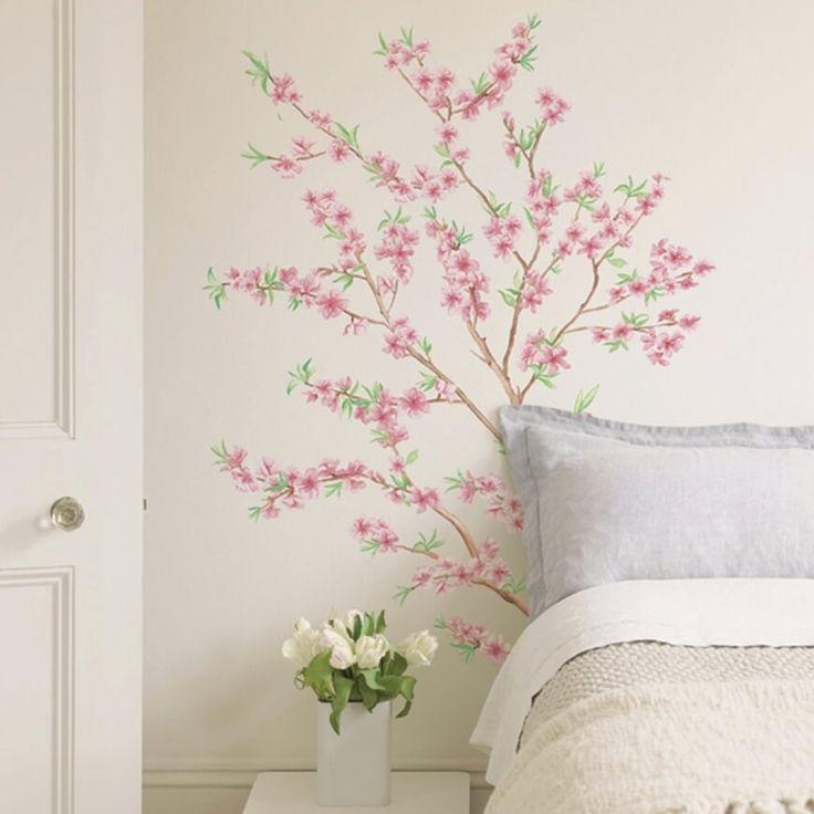 Per gli amanti dei fiori proponiamo uno sticker rami di pesco, I nostri adesivi murali sono adatti a tutte le pareti lisce, facili da apllicare e rimuovere.