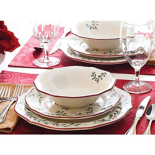 Better Homes And Gardens Christmas Mistletoe 24 Piece Dinnerware Set. Comes  With 8 Of