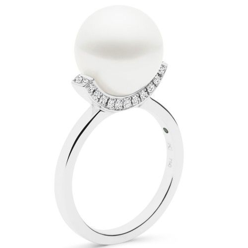 A Kailis Australian South Sea pearl set in an 18ct gold and diamond Swing ring. View our collection of pearl and antique jewellery at www.rutherford.com.au