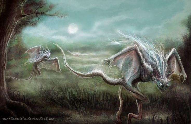 Nocnice - demony, które były duszami dziewczyn zmarłych w czasie ogłoszenia (po zapowiedziach, a przed ślubem). Czasem opisywano je jako demony ubrane w białe płachty i czarne suknie, pojawiające się nocami, głównie na bezdrożach (zwłaszcza w okresie adwentu) i wychodzące ze swych kryjówek na dźwięk kościelnych dzwonów, a także po przywołaniu gwizdem.