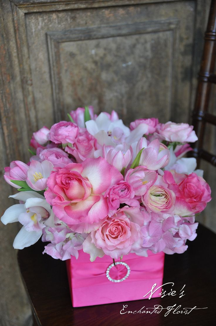 Nisie's Enchanted Florist -- Valentine's Day onlyl comes once a year and show your love with this gorgeous pink arrangement. Roses, tulips, ranunculuses, cymbidium orchids, and hydrangeas, nisiesenchanted, happy valentines day, be mine, valentine, pretty in pink, pink arrangement