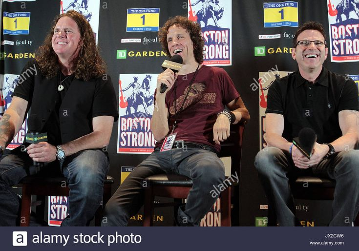 Download this stock image: Pat Badger, Gary Cherone and Paul Geary. Star studded night during the Boston Strong Concert at the TD garden to benefit the victims of the Boston Marathon bombing. - JX2CW6 from Alamy's library of millions of high resolution stock photos, illustrations and vectors.