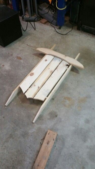 Pallet sled project/ I have been wanting a sled for decoration.