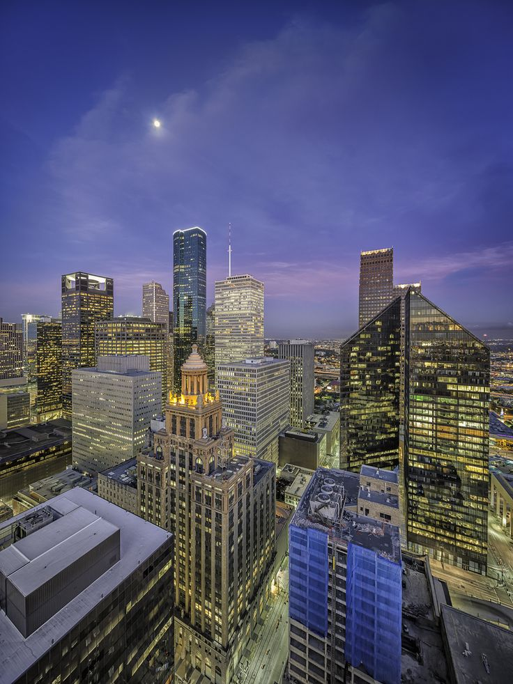 Houston Skyline – Moon Over Esperson, Chase and Pennzoil Place
