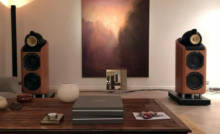 B&W 800 D2 speakers driven by Devialet electronics | high ...