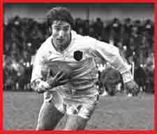 #rugby history - Born today 25/12 in 1944 : Nigel Starmer-Smith (England) rugby v Ireland in 1970 - England running out 9-3 at Twickenham