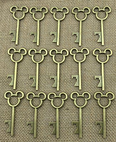 40pcs Antique Skeleton Key Bottle Opener Bronze Wedding Favor Bridal Shower Gift Steampunk Decoration Birthday Party Alice in Wonderland DLWeddingg http://www.amazon.com/dp/B011FID1G0/ref=cm_sw_r_pi_dp_R-o6wb17RB0AV