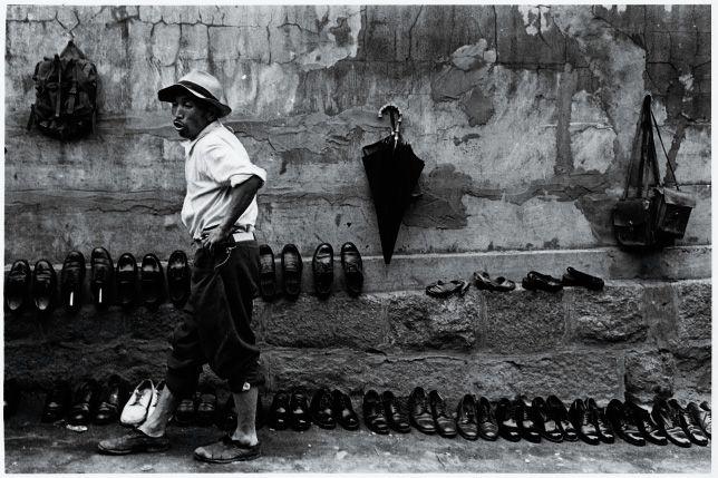 1957,  Seoul Namdaemun , by Yi,Hyeong-rok