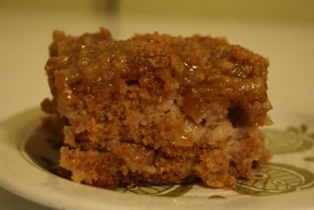Apple Cinnamon Coffee Cake | Sweet Treats | Pinterest