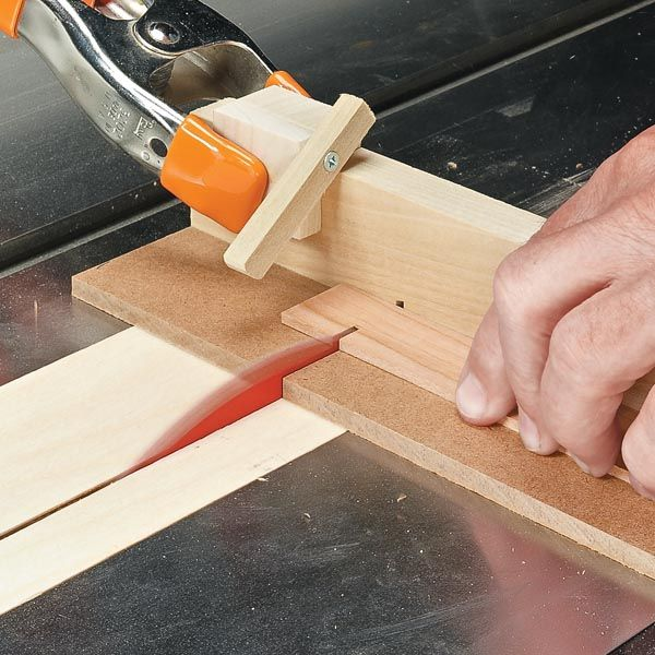 Cutting Guide for Small Parts | Woodsmith Tips