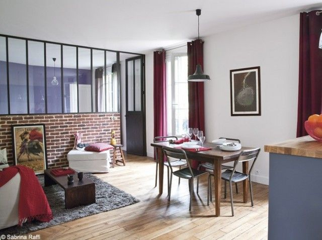 Un appartement parisien transform en loft chic et branch new yorkais loft brique deco - Idee deco studio m ...
