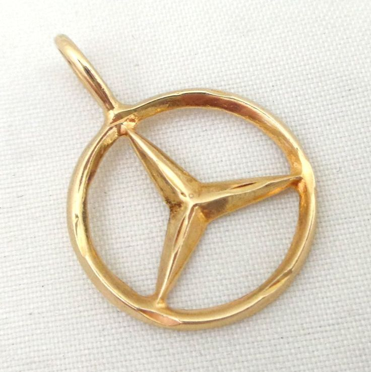 Estate 14k gold mercedes benz logo pendant charm for 14k gold mercedes benz pendant