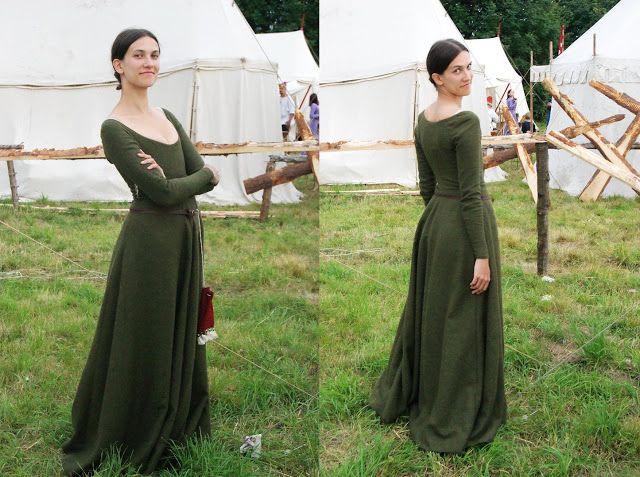 Moon River Journal: Średniowieczna, zielona suknia raz jeszcze. Porady krawieckie.