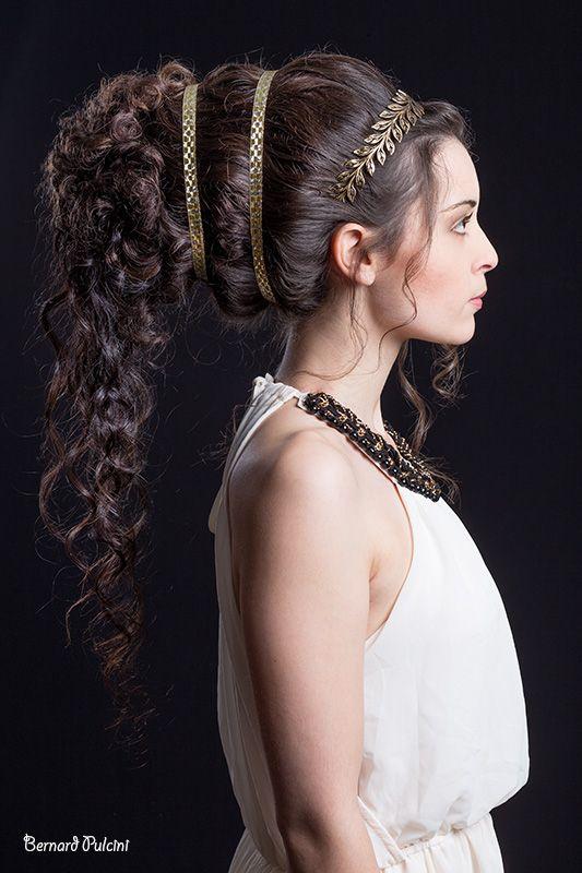 Coiffure et maquillage hisorique époque Grèce antique réalisés par Cyrielle  Bizière pour l\u0027examen blanc