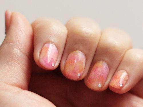Tutorial on Tricolour Gradient Nails