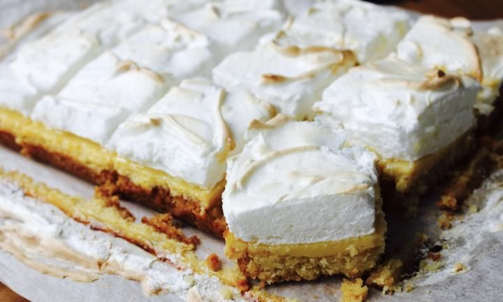 Lemon meringue slice - Kidspot