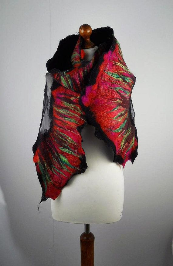 Rode sjaal omslagdoek sjaal wol vilten sjaal omslagdoek lang voelde Nuno-Nuno boho folk doek sjawls vilten  Veel mooier dan de afbeelding! Een sjaal van onze werkplaats. Hand vilten met zijde. Kan het heerlijk zachte - gebonden en verpakt gedragen zijn, in vele opzichten. Hij kan een CAP, een riem of halsband sjaal. Onze robuuste materialen zijn zijde en kwalitatief hoogwaardige merinoswol, het resultaat is heerlijk knuffels en nog zeer resistent tegen schimmel. De sjaal is zijdeachtig en…