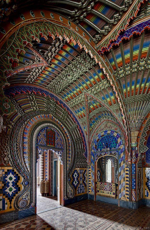 italian castle, castello di sammezzano, tuscany, wonderful architecture