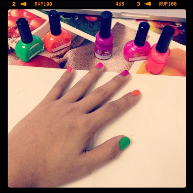 Nail painting time !!!