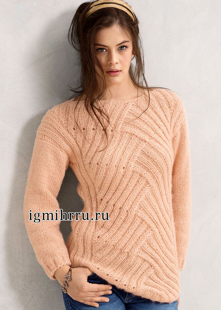 Удлиненный пуловер, выполненный в технике энтерлак. Вязание спицами