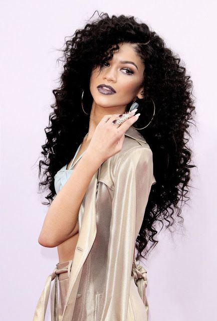 black hairstyles | long black hairstyle | weave hairstyle | wavy black hairstyle  http://www.hairstylo.com/2015/07/black-hairstyles.html