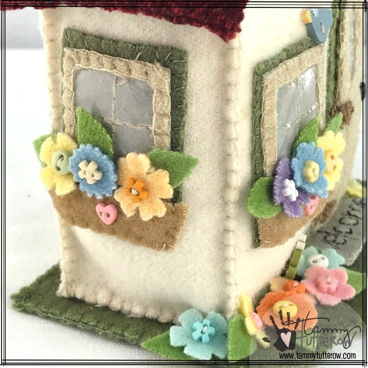 Storybook Cottage Pincushion | www.tammytutterow.com