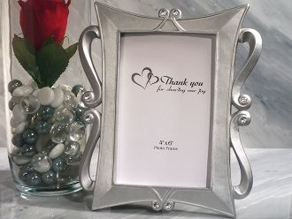 17 best images about picture frame wedding favors on pinterest two hearts silver color and silver metal