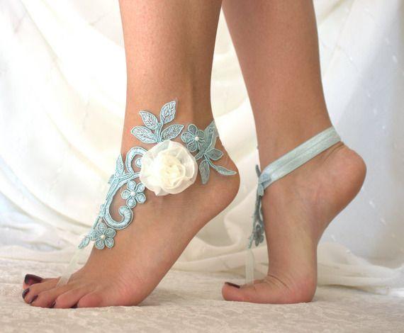 Dentelle bleu Barefoot Sandales, de la dentelle française, chaussures de mariée en dentelle, des bijoux de pied, des chaussures de mariage,