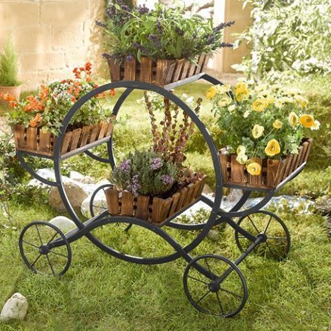 Foto: Uma decoração a mais para seu jardim. Amei isso!!!  Fika a Dika - Por um Mundo Melhor
