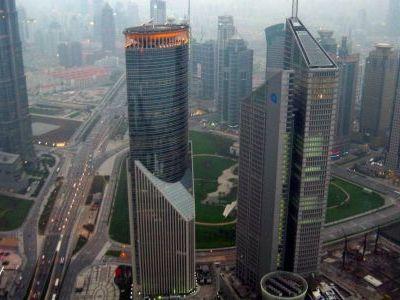 Geleceğin şehri olarak tanımlanan Şangay, Büyük Okyanusun kıyısında yer almaktadır. Özellikle 2000li yıllarda hızla büyüyen Şangay Çinin kültür, sanat...